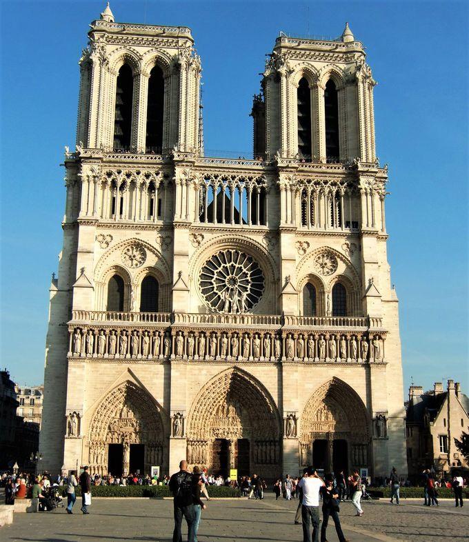 パリから○kmはここから測る!「ポワン・ゼロ」を捜せ!