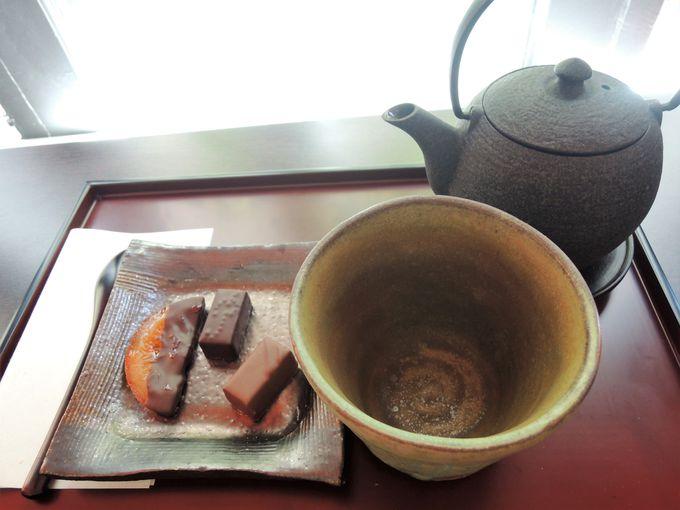 店内でイートインも!店内カフェで日本茶とフランス菓子のコラボ!
