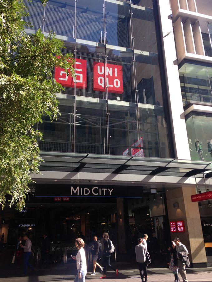 ミッド・シティ(Mid City)には、年齢・ジャンルが幅広いショップがたくさん!