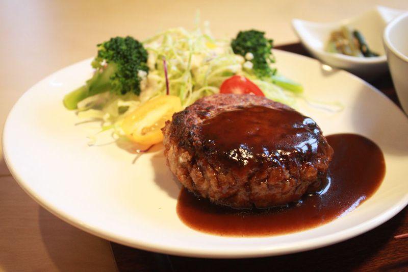 秋田で本格マクロビ!体と心に優しい自然食レストラン「直食」で旬の地元食材を味わう