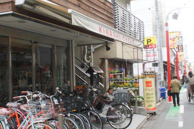 商店街のもう一つの見どころ、古くから営業している木梨サイクル