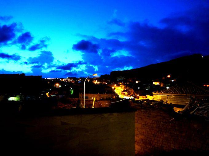 朝も夜もイスラムの祈り、「アザーン」が響き渡る街はエキゾチック