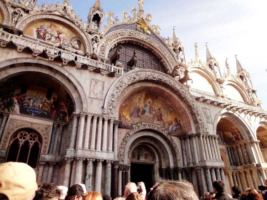 ヴェネツィア、サンマルコ寺院で急展開?!