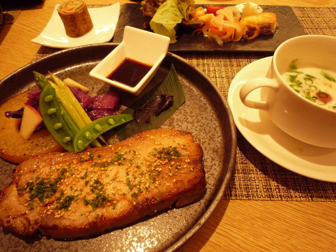 ディナーは和洋食からセレクト