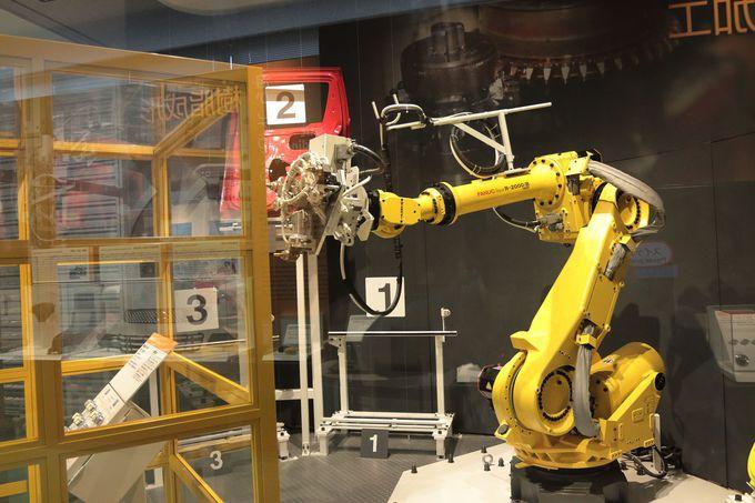 製造機械を操作するたのしさや、浜松を知るブースも