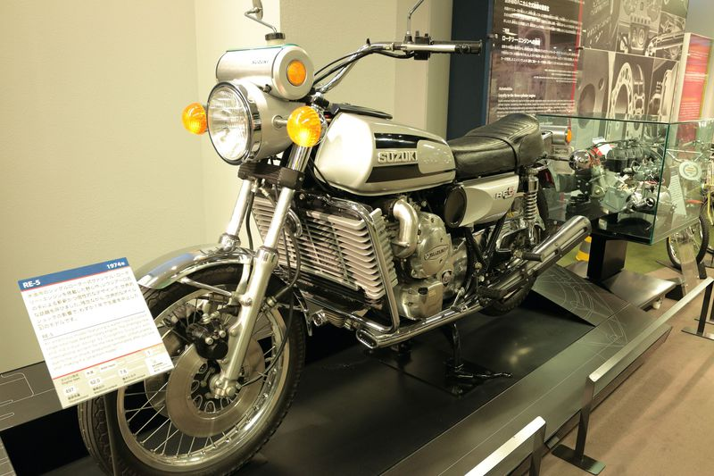 時代を飾る名車!浜松「スズキ歴史館」で自動車&2輪車の歴史を探訪