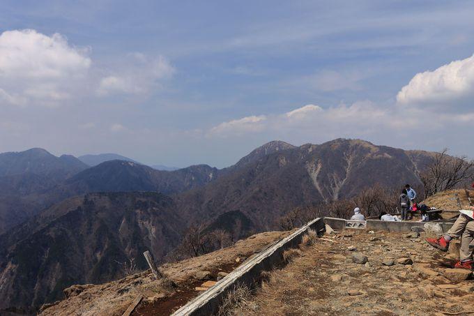 塔ノ岳は丹沢有数の人気山!通称「バカ尾根」を踏破