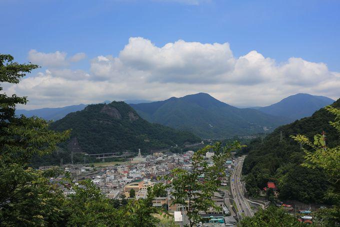 下山は大月駅方面や田野倉駅方面へ