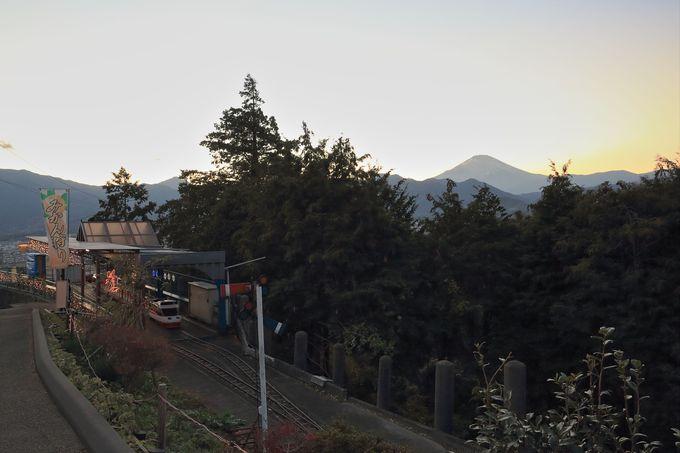 早めの来場で夕刻の富士山を堪能!ふるさと鉄道で郷愁に浸るのもいい
