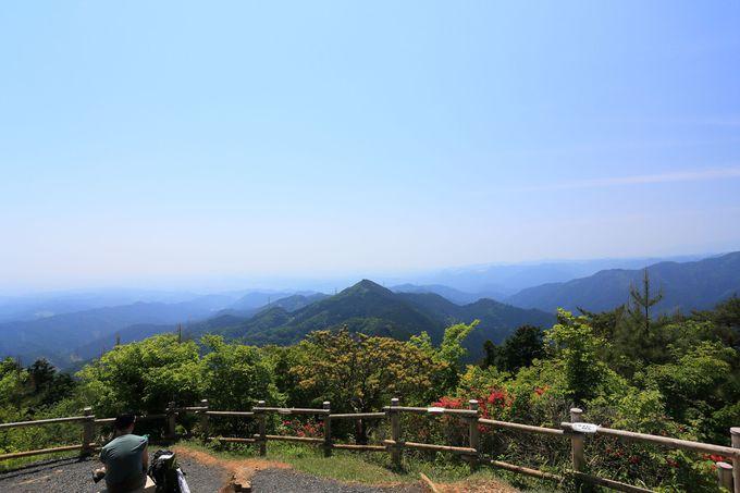 関東ふれあいの道で「日の出山」を目指す!汗を流せるアルカリ温泉も