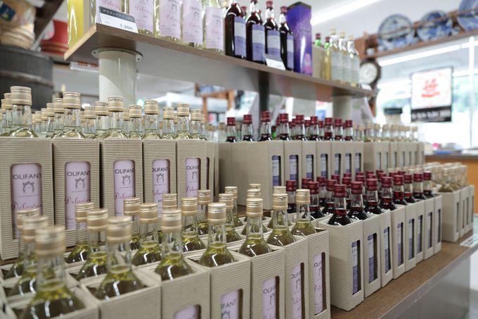 醸造技術を応用した様々なリキュールなども