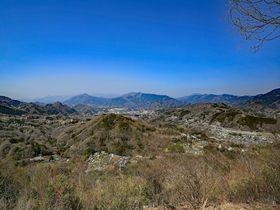 レアな大眺望!神奈川「日連アルプス」ハイキング&温泉癒し