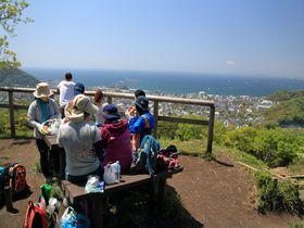 家族&恋人と行きたい!湘南を望む仙元山快適ハイキング