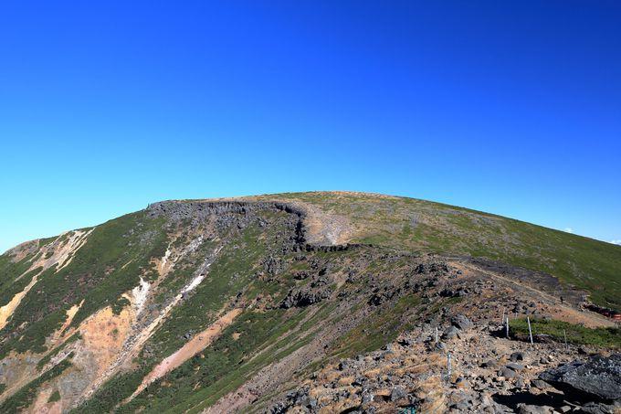 雲の上を行く稜線歩きで硫黄岳から横岳へ