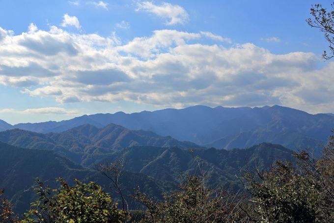 経ヶ岳先で分岐して関東ふれあいの道で半僧坊前まで。動画でも紹介
