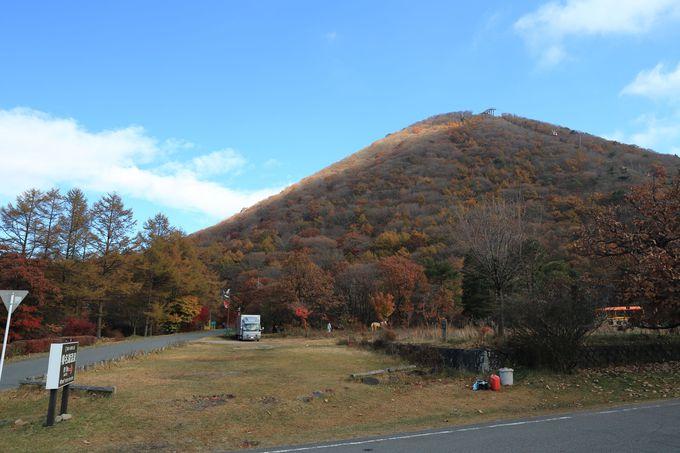 榛名高原にそびえる榛名富士!錦秋の彩りをまとった榛名山の代表格