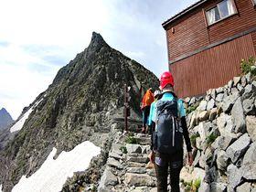 北アルプス最高峰「奥穂高岳」長野・涸沢カールから登山にチャレンジ