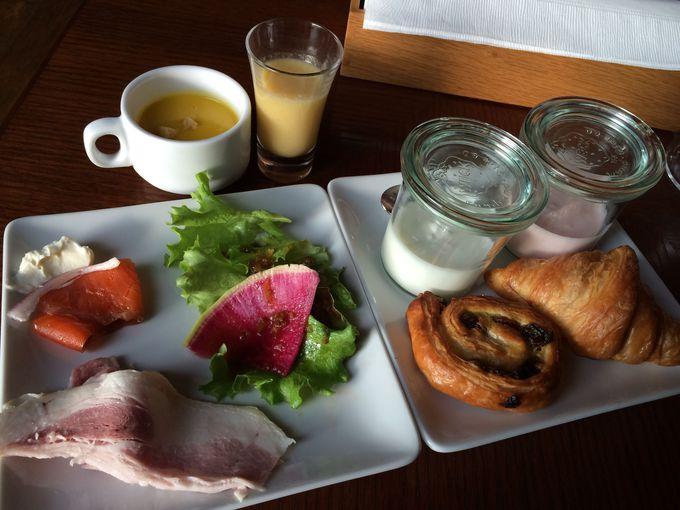 朝食の前菜はブッフェスタイル
