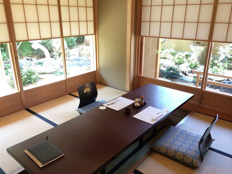 庭園を眺めながら極上うなぎを堪能!浦和「満寿家」でうなぎづくし