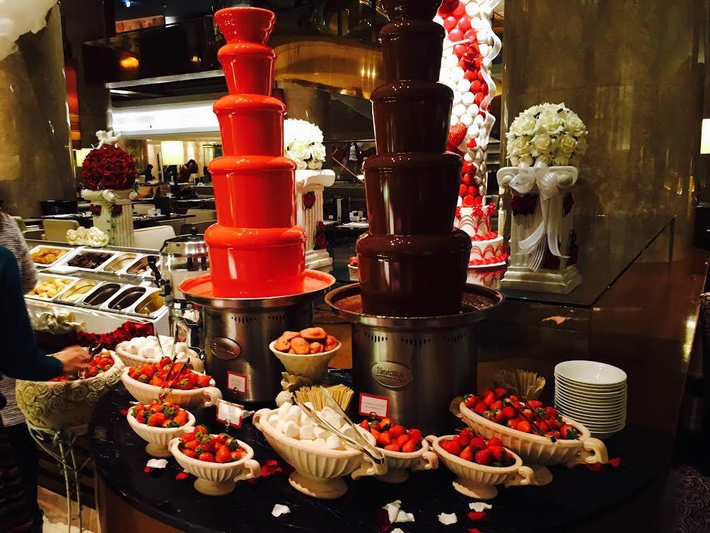 ストロベリーBARとチョコレートファウンテン