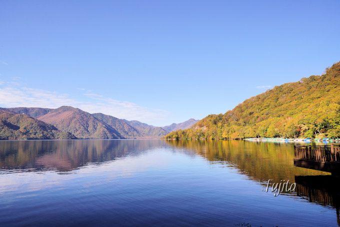 中禅寺湖の紅葉が一番人気!
