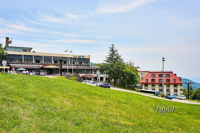 蔵王温泉最上部のスキー場にある「ホテル樹林」