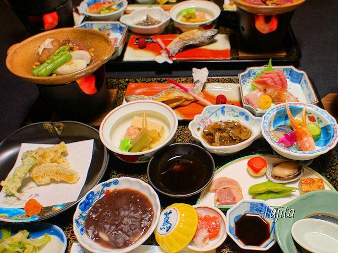 蔦温泉・蔦温泉旅館は料理も好評で連泊するとさらに良いと評判