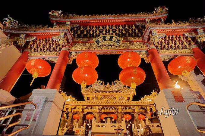 横浜中華街関帝廟は異国情緒に圧倒される!
