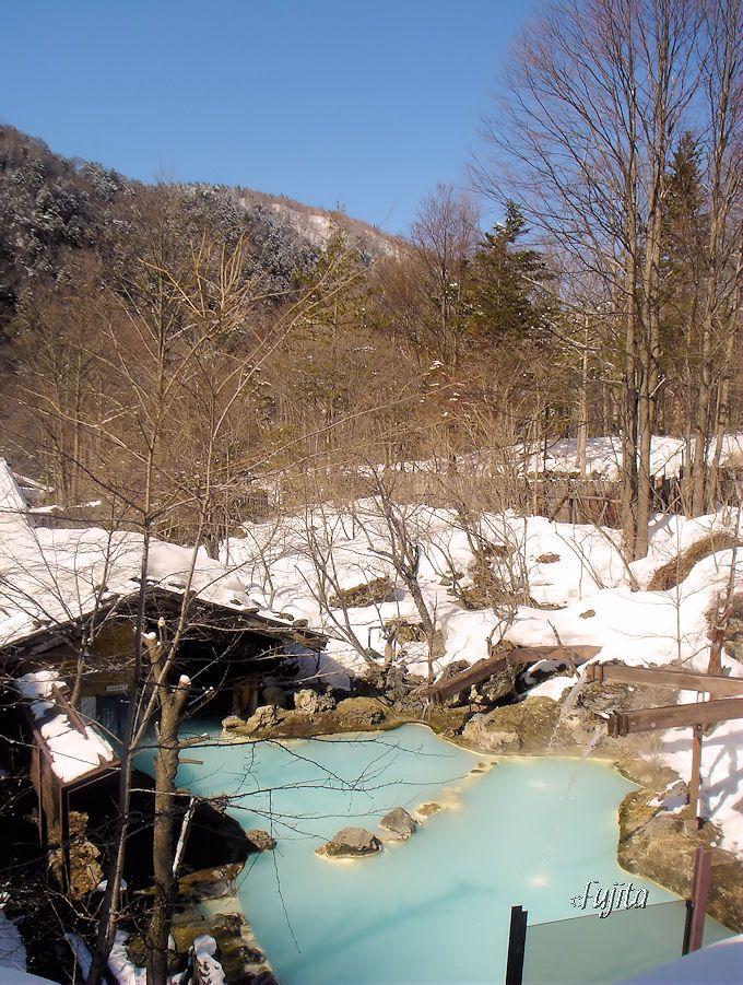 白骨温泉「泡の湯旅館」の絶景雪見露天風呂