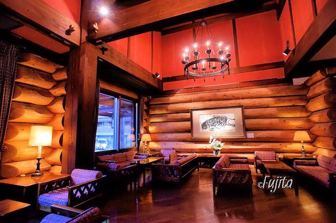 八甲田ホテルはログ造りが印象的な木造ホテル