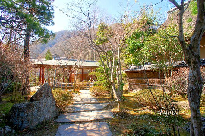 昼神温泉「石苔亭いしだ」の風情溢れる庭