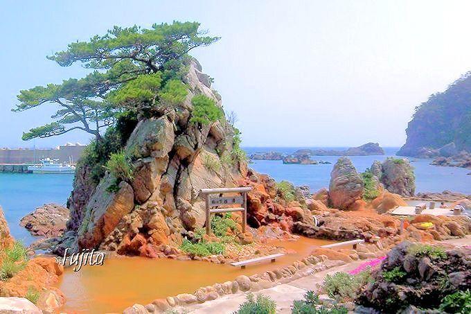 式根島の温泉ベスト5!無料の混浴海中露天風呂に水着で入ろう