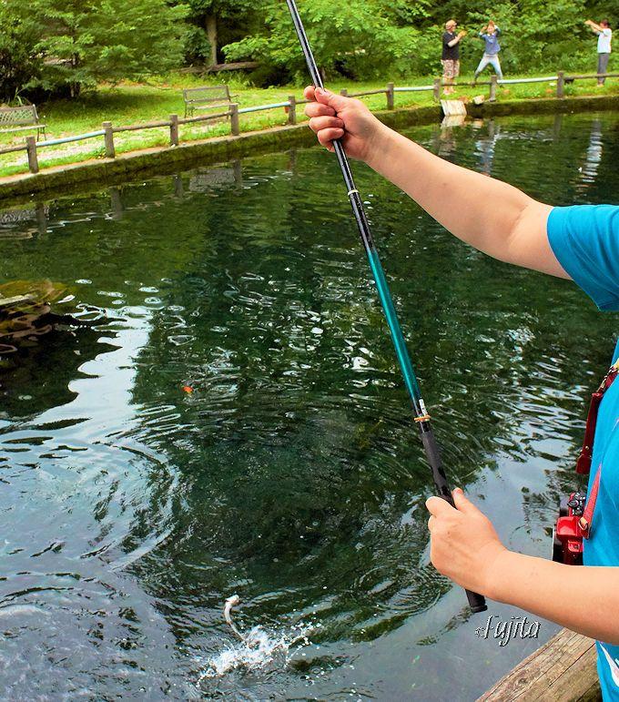鬼怒川で一番大きな釣り堀!仁王尊プラザで釣りを楽しもう