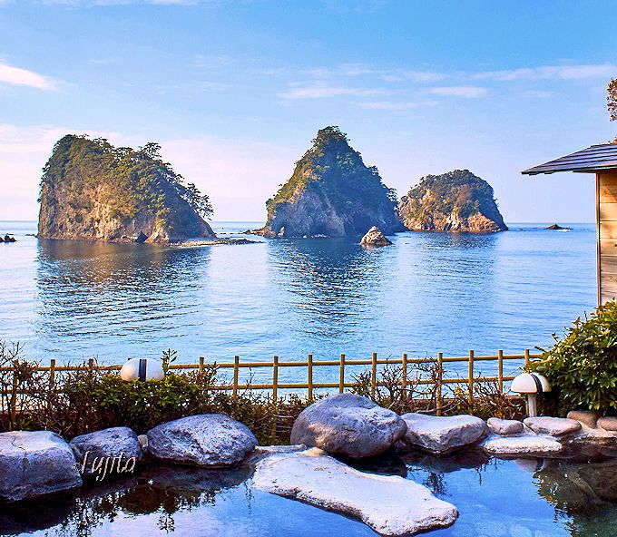 三四郎島を望む絶景露天風呂!