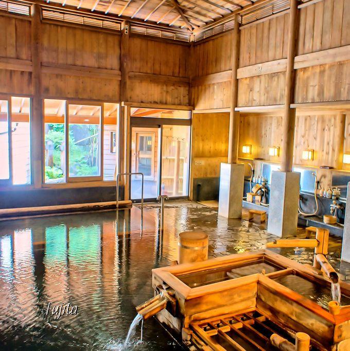 野沢温泉「旅館さかや」の大浴場「鷹の湯」は最高の温泉!
