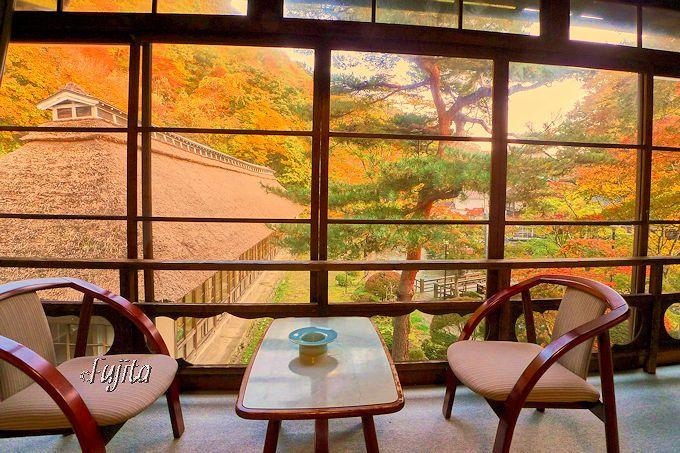客室から紅葉狩りが出来る!大沢温泉菊水館