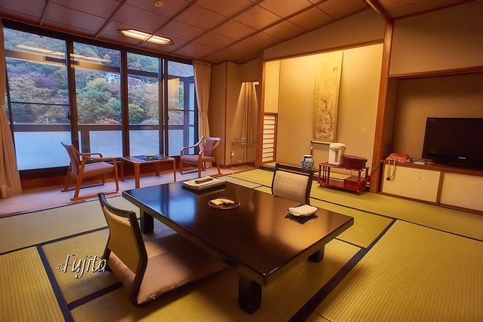 2間続きの広大な客室!作並温泉岩松旅館の青葉館
