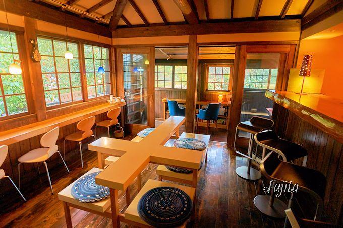 奥満願寺温泉「旅館 藤もと」は、ライブラリーの居心地が素晴らしい!