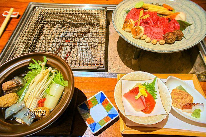 飛騨牛とすっぽん鍋が名物!平湯温泉「匠の宿 深山桜庵」の夕食
