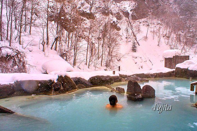 絶景の雪見露天風呂になる第三露天風呂