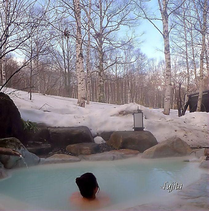 白骨温泉「小梨の湯笹屋」の絶景雪見露天風呂