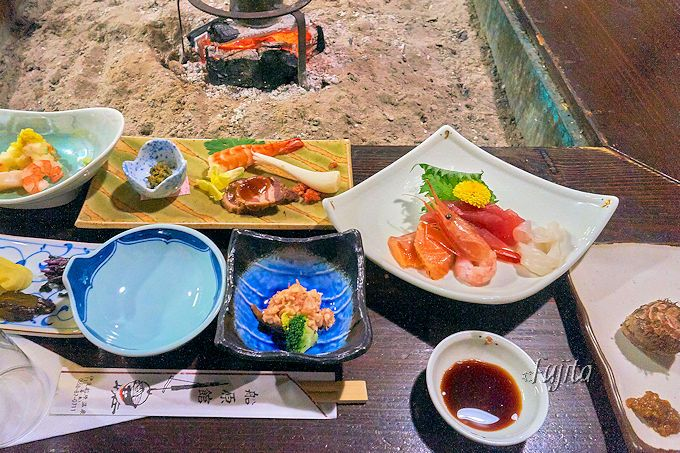 船原館の夕食は、囲炉裏料理「お狩場焼き」!
