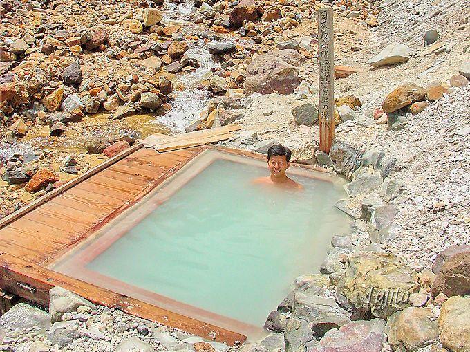 貴重な足元湧出温泉!露天風呂「雲上の湯」
