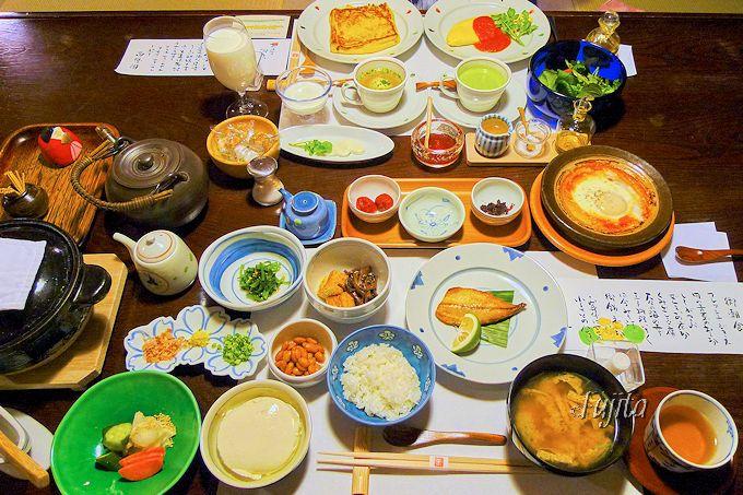 朝食は名物「命のスープ」が頂ける洋食がおすすめ!