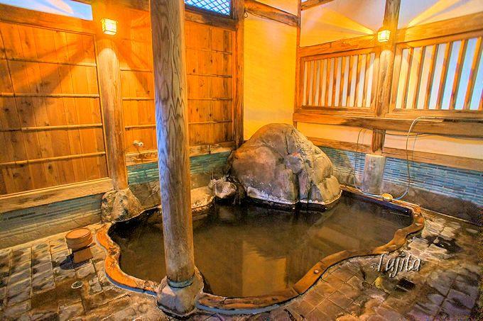 渋温泉金具屋の隠し湯「旧臨川閣の温泉」