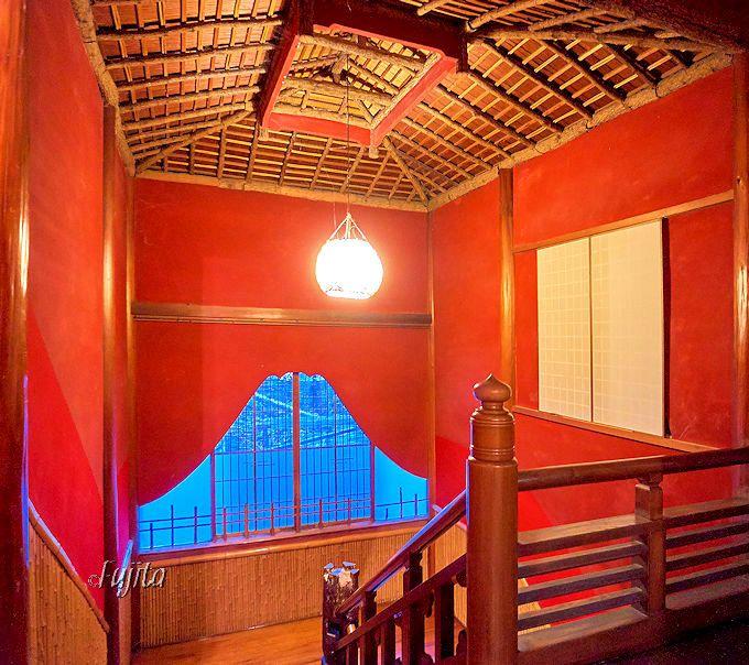 千と千尋の舞台?長野・渋温泉の老舗旅館「歴史の宿 金具屋」登録有形文化財の建築は館内の内装が素敵!