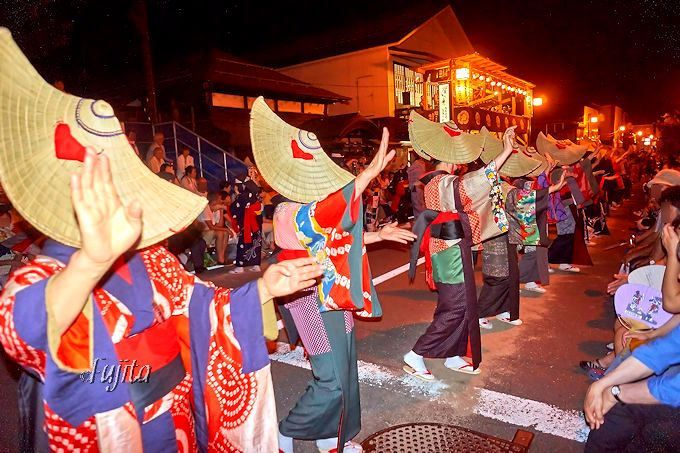 必見の日本三大盆踊り!秋田「西馬音内盆踊り」700年の歴史を最前列で体感しよう