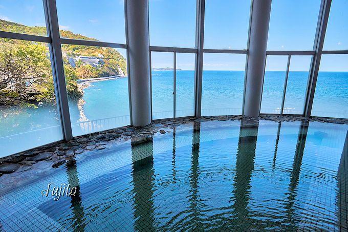 ホテル水葉亭の温泉は海が絶景!