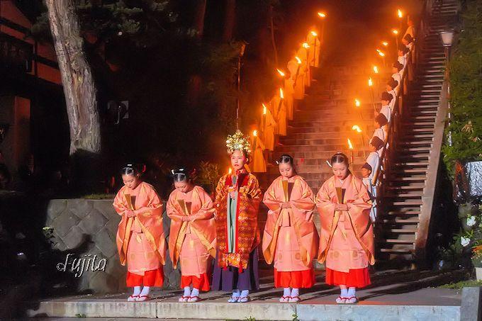 草津温泉感謝祭は毎年8月1日と2日の固定日開催!