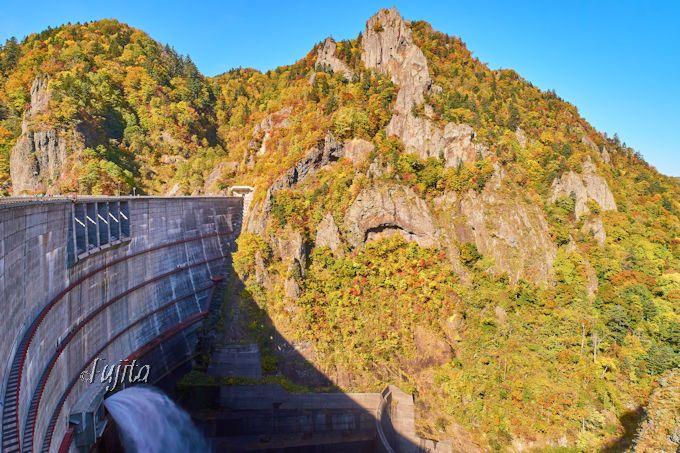 豊平峡ダム下の紅葉も必見!第4位